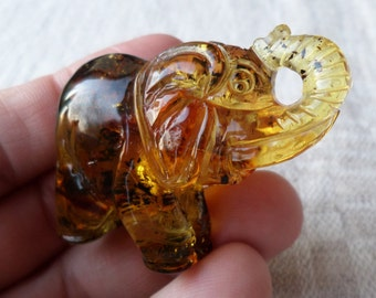 17,64g Big ELEPHANT Authentic Cognac Natural Real Hand Carved Baltic Amber Amulet