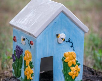 Flowers and Bumble Bees Toad House