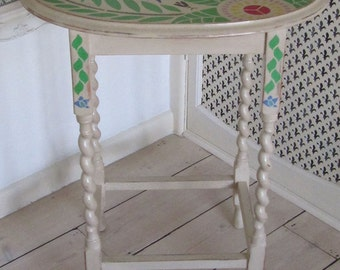 Lovely oval side table