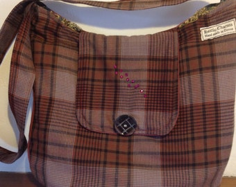 Shoulder bag. Tartan medium weight wool fabric shoulder bag