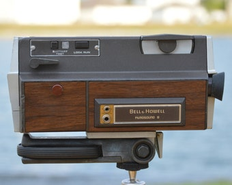 Bell and Howell Filmosound 8 Autoload 8mm video camera