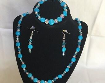 27: Necklace, Bracelet, Earrings Set