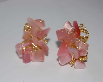 Quartz earrings in rose gold. Pink quartz gold earrings. Pink earrings. Pink earrings.