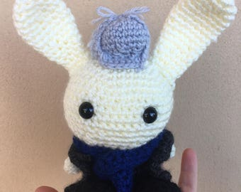 Crochet Bunny Sherlock Holmes