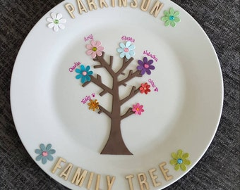 Decorative personalised family tree plate