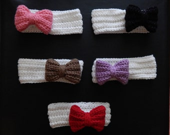 Handmade crochet white headband with a bow, made to order, baby earwarmers, preemie-24 month sizes