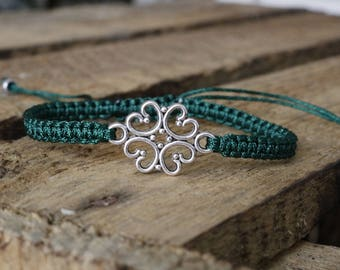 woven bracelet with four-leaf clover
