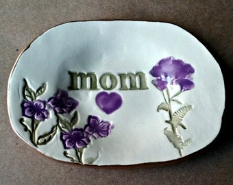 Ceramic MOM  Ring Dish Trinket Dish edged in gold Mothers Day