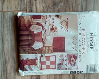 McCall's Home Decorating pattern Redwork kitchen accessories apron potholders towels