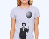 Women's graphic tshirt - Princess Leia - star wars funny shirt, print t-shirt, gift for her, geek top, Carrie Fisher t shirt