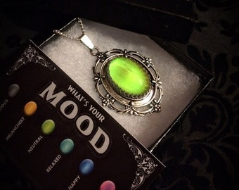 Mood Necklace // Mood Jewelry // Mood Ring Necklace // Halloween Jewelry // Halloween Necklace // Novelty Jewelry // Color Changing Necklace