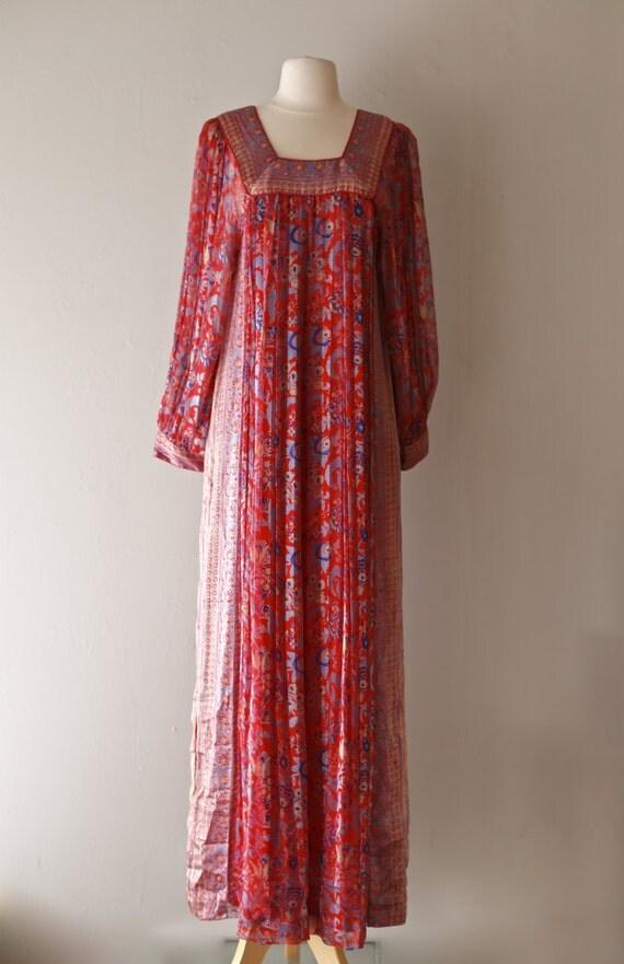 Vintage 1970's Raksha Silk Kaftan ~ Vintage 70s Raksha Of Hindimp London Silk Caftan From Neiman Marcus