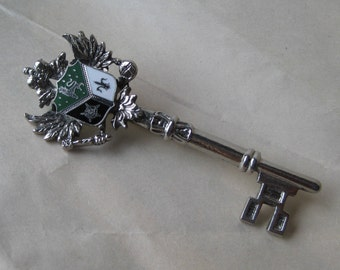 Crest Key Brooch Enamel Green Black White Pin Silver Vintage