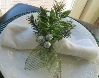 Napkin Rings with Sparkly Leaves and Silver Berries - Christmas - Holidays