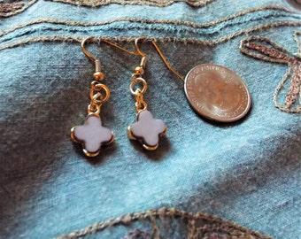 RICHARME Petite Light Gray Dangle Earrings