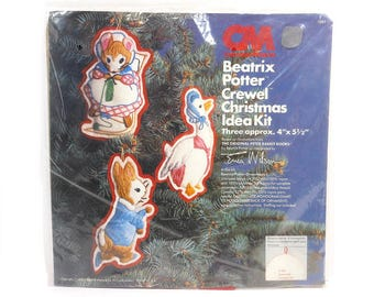 1978 Vintage Beatrix Potter Crewel Christmas Ornament Stitchery Kit / Peter Rabbit / Holiday Decor / Erica Wilson / Cotton Embroidery Thread