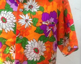Vintage 60's Men's RARE Colorful LIBERTY House of Hawaii/  HAWAIIAN Shirt/ Size SMall / Surfs  Up / Lua Party Shirt