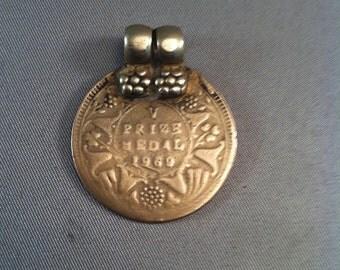 Vintage Medals, Vintage 1969 V Prize Medal Pendant, Unusual Pendant Medals, Medals, Prize Medals, Collectible Medals, Sports Medals,USA ONLY