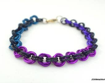 Purple, Violet, Blue and Black Mobius Chainmail Bracelet, Aluminum Bracelet, Chainmaille, Gift for him, Gift for her, Renaissance Chain Mail