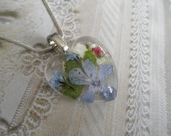 Lavender Phlox,Maidenhair Ferns,Veronica,Forget-Me-Nots,Snowball Bush Glass Heart Pressed Flower Pendant-Symbolizes Our Hearts Are United