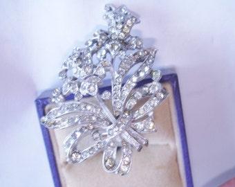 Clear Rhinestone Fur Clip Silver   Tone Vintage  Flower
