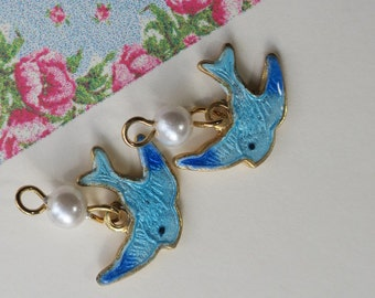 Guilloche charms,Blue Bird Charms, Vintage Bird Charms,Enamel Birds,Bluebirds, Enamel Sarah Coventry charm,Pearl Gold plated Findings#896