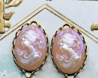 Vintage Cameo Connectors Lace AB Oval Pink Lady Shabby 23mm 14mm NOS Cottage Chic Pearl Necklace Pastel Woman. #23A