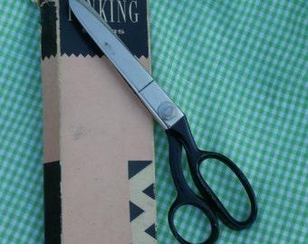 Wiss Pinking Shears, in Original Box, Vintage Scissors Model CB9