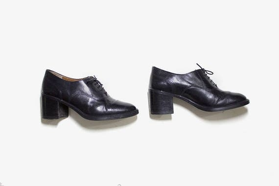 Vintage Leather Oxfords 6 / Black Leather Oxfords / Lace Up Brogues / Womens Oxfords
