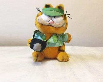 Vintage Garfield plush, tourist Garfield, vintage plush, Garfield collectible, Garfield the Cat, cuddly Garfield, 80s' Garfield, cat plush