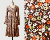 Vintage 70s Bohemian Dress Tiered Floral Print Boho Midi / 1970s Long Sleeve High Waist Hippie Brown White Orange Blue Green Peasant S M