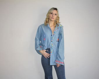 OWL Vintage 70s Novelty Rainbow Embroidered Hippie Chambray Denim Button Up Shirt - 70s Clothing - WV0027