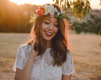 bohemian wedding flower crown // spring flower crown / floral headpiece / colourful spring flower crown / bridal flower crown / wildflower