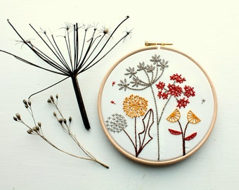 Wild flowers Embroidery stitch sampler. Nature hoop art. Beginner embroidery kit. Botanical art. Embroidery pattern. Craft kit. Needle craft