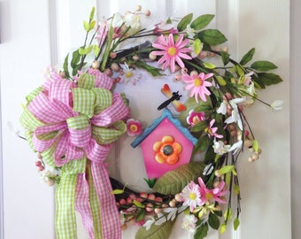 Daisy Grapevine Wreath - Pink Green White Floral Wreath with Birdhouse and Dragonfly