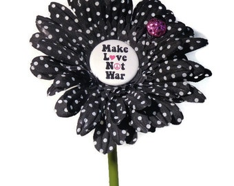 VW Beetle Flower - Make Love Not War Daisy
