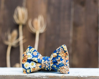 Fall Flower Bowtie // Reversible Tie // Brown Tan Linen // Gifts under 50 // Gifts for Him //