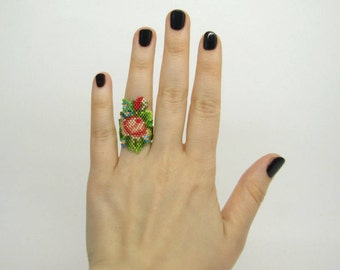Hand beaded flower ring.Statement ring.Wide ring.Rose ring.Romantic ring.Peyote ring.Gift for Her.Birthday Gift.Christmas gift