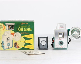 Vintage Imperial 127 Camera, 1950's Imperial Camera, Mid Century Camera, Green Imperial 127 Camera With Slide Viewer And Original Box