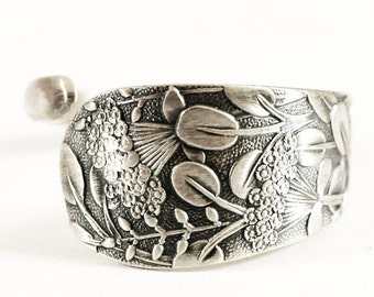 "Petite Queen Anne's Lace Flower, Sterling Silver Spoon Ring, Whiting Pattern of 1885 ""Hagie"" Handmade Gift for Her, Custom Ring Size (5817)"