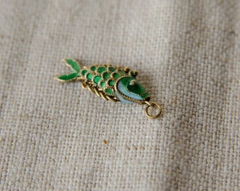Tiny Vintage Gold Enamel Articulated Fish Pendant Charm  -B4