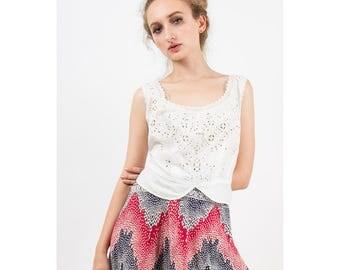 Edwardian corset cover / Vintage white cotton eyelet lace button back camisole L