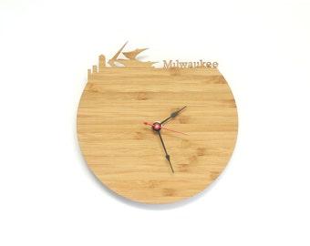 Milwaukee Modern Clock - City Skyline Wall Clock - Wisconsin