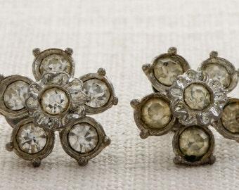 Vintage Rhinestone Earrings Clip On Flower Silver Clipons | Vtg 7B