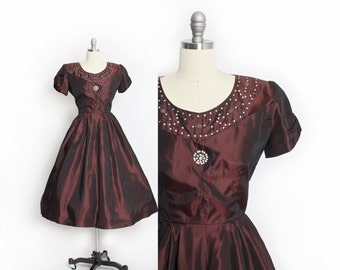 Vintage 1950s Dress - Burgundy Taffeta Rhinestone Full Skirt Party Dress - Medium