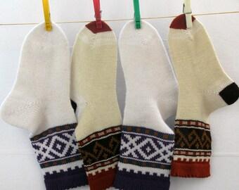 White brown green mustard terra cotta violet CUSTOM MADE Scandinavian pattern rustic fall autumn winter knit short wool socks present gift