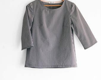 Women's shirt, woven t shirt top, round neck, 3/4 sleeve. Cotton and rayon blend pullover shirt. Sizes XS to XXL.