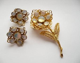 Vintage Moonstone Flower Brooch Clip On Earrings Set Rhinestone Gold Tone Pin