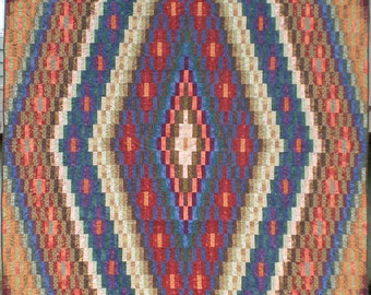 Full Size Diamond Patterned Quilt in Autumnal Colors