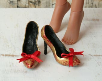 Kingdom Doll Gold & Red Heels